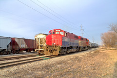 TPW 4052 west (BSTPWRAIL) Tags: road railroad america train illinois mixed grain rail railway toledo western freight peoria loads manifest tpw cruger railamerica gp402lw