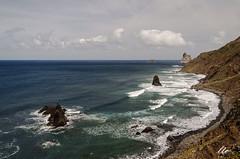 Roques de Anaga, Benijo, Tenerife (letrucas) Tags: cielo nubes tenerife atlántico islascanarias océanoatlántico arrecifes anaga espumademar flickrsbest benijo nikond90 flickraward isladetenerife macizodeanaga roquesdeanaga leandrotrujillocasañas costanedetenerife