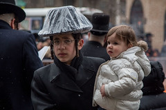 girl (Spavalice) Tags: street newyork brooklyn fire burning burn jewish jews tradition blackhat hasidic passover orthodoxjews ultraorthodox southwilliamsburg blackcoat chametz chometz passover2013 breadburning burningchometz burningchametz