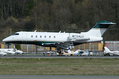 Private N254DV (Drewski2112) Tags: seattle county field airport king international boeing 300 challenger bombardier bfi kbfi cl30 n254dv