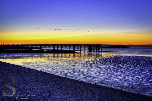 Beach Pier at Wlalnut Beach hdr-