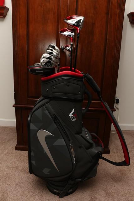 golf nike justdoit nikegolf golfbag sportinggoods golfequipment golfstaffbag nikevrs nike2013 nikecovert nikevrscovert nikegolfbag