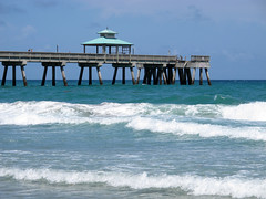 A Day at Deerfield Beach (20) (moelynphotos) Tags: ocean beach pier florida atlantic shore deerfieldbeach deerfieldbeachpier moelynphotos