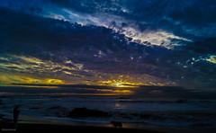 Sunset pacfic (Alejandro Retamal) Tags: sunset clouds nubes cielo blue red azul rojo sea ocean oceano playa exposure night dog perro pescador hdr digital mer lady