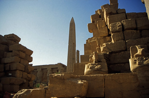 "Ägypten 1999 (336) Karnak-Tempel: Obelisk des Thutmosis im Tempel des Amun-Re • <a style=""font-size:0.8em;"" href=""http://www.flickr.com/photos/69570948@N04/28511788514/"" target=""_blank"">View on Flickr</a>"