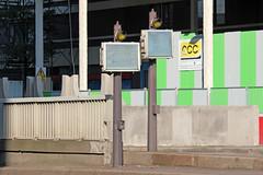 2016-0030 | Paris, entre du tunnel Van Gogh 1 (La Signathque) Tags: panneau signalisation paris france garedelyon signal indication flche voie circulation tunnel route rue souterrain gare sncf nation horsgabarit hauteur portique flash feu clignotant barrire mobilierurbain road street streetfurniture sign roadsign