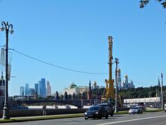 voskresenie6 (Horosho.Gromko.) Tags:              moscow city kremlin embankment river cars sky autumn russia