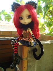 Fake outfits - Cheshire Cat Steampunk (Lunalila1) Tags: doll groove junplaning pullip grell alison bendel costura fake outfit cheshire cat steampunk world neko handmade red