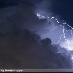 DSC_2448 (Ray Skwire) Tags: pa pennsylvania bristol bristolpa nj newjersey burlingtonnewjersey burlingtonbristolbridge storm weather stormchaser stormchasing lightning electricity lightningbolt clouds bolts