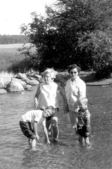 (trekbody) Tags: dorothyterryprice eileenfewerterry cropped dorothyterryneeprice fewerfamily iphotoedited itasca itascastatepark miketerry minnesota patrickterry relatives terryfamily usa