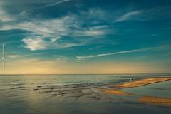 Lo bueno de los viajes no es los sitios que descubre sino los que te llevas contigo para siempre. (nurianl) Tags: escocia atardeceres landscape paisajes playas canon6d agua cielos