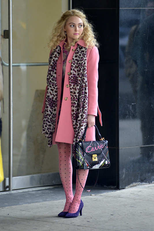 AnnaSophia Robb on the set of \'The Carrie Diaries\' in Manhattan - WENN.com