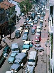 Saigon 1967 - một vụ kẹt xe trên đường Võ Tánh (manhhai) Tags: 1967 saigon billmullin