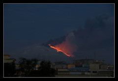 Etna - attivit 19-02-2013 (brunombo) Tags: italy volcano italia pentax natura sicily tamron etna sicilia vulcano tamronaf18250mmf3563diiildasphericalifmacro justpentax flicksicilia