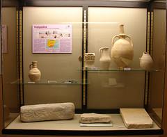 Vitrina visigodos (Rafael Jimnez) Tags: espaa archaeology museum spain museo crdoba montilla arqueologa visigodo montillacrdoba aboutiberia
