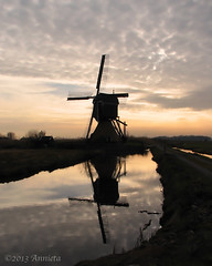 Silhouette ( Annieta  Off / On) Tags: holland reflection mill nature netherlands beautiful silhouette canon landscape moulin nederland natuur powershot s2is polder soe alblasserwaard molen allrightsreserved landschap tegenlicht maart reflectie streefkerk 2013 annieta soe2 donkselaagten usingthisphotowithoutpermissionisillegal mygearandme mygearandmepremium mygearandmebronze mygearandmesilver mygearandmegold mygearandmeplatinum mygearandmediamond photographyforrecreation vpu1 vigilantphotographersunite vpu2 vpu3 vpu4 vpu5