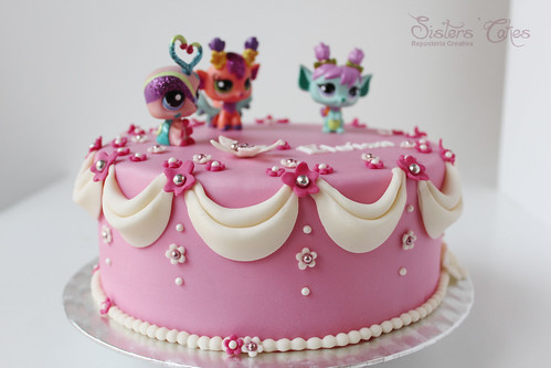 Surprising Littlest Pet Shop Sparkle Cake A Photo On Flickriver Funny Birthday Cards Online Elaedamsfinfo