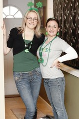 St. Patty's Day (Kerrie Lynn Photography (Sugaree_GD)) Tags: friends party green saint st beads day earrings patricks shamrocks kerrie antenna headband pattys sugareegd