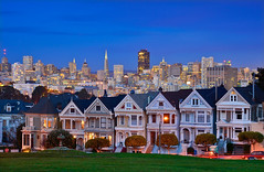 Painted Ladies City Twilight (David Shield Photography) Tags: sanfrancisco california city houses light sunset color night twilight cityscape bayarea paintedladies alamosquare citypark davidshield