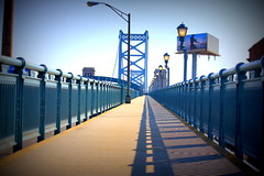 Ben Franklin Bridge (CenterCityRE) Tags: philadelphia centercity bridges philly benfranklinbridge oldcity delawareriver pedestrianbridges drpa tokina1116mm bridgewalkways racestreetpier