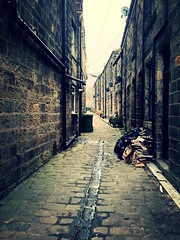 Cobbles, Croft Place, Otley (Ackers- Schoolboy Hero!!!!) Tags: street back cobbles otley 2013