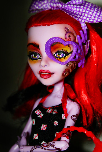 Monster high repaint dc operetta -4/19