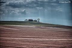 19apr2013_HDR (Matteo Biguzzi [bigu77]) Tags: park travel vacation sky italy house canon landscape spring hills april hdr picnik eos500d 55250isii