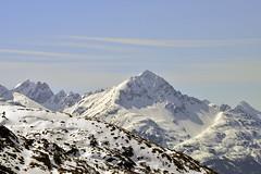 WHERE THE MOUNTAINS MEET THE SKY  - (Selected by GETTY IMAGES) (DESPITE STRAIGHT LINES) Tags: nikon d800 nikond800 nikkor200500mm nikon200500mm nikongp1 paulwilliams despitestraightlines flickr gettyimages getty gettyimagesesp despitestraightlinesatgettyimages snow snowcappedmountains snowymountains nature mothernature silence serenity landscape sunlight klondikehighway klondikegoldrush klondikegoldrushnationalhistoricalpark skagway usa unitedstatesofamerica america skagwayusa