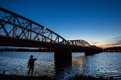 Sunset - Trng Tin Bridge, Hu (Pic_Joy) Tags:   south east asia     sng hngcutrngtin trng tin bridgeperfumeriver  cruiseboat  hue hu