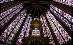 Saint Chapelle - Paris (ainhoa.beristain) Tags: catedral katedrala eliza iglesia cathedral gotica gotic gotikoa saint chapelle stchapelle paris bidrierak vidrieras argia luz light huge