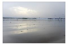 DSCF0162 copie (sylvainbachelot) Tags: baule pornichet plage sable mer ciel vague matin soir soleil mauijim coquillage toile de bord lumire mlancolie fujix70 panorama nature