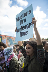 Muslims are welcome here (Fibonacci Blue) Tags: minneapolis mpls twincities protest march minnesota trump islam muslim islamophobia republican protester sign somali demonstration street dissent outcry outrage
