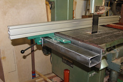 Band Saw Fence - DIY Guide Rails -30