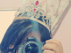 princess? (Talita Leal - Fotografia) Tags: cute me girl beautiful canon project photography cool princess adorable crown lovely cmera 365days