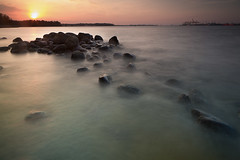 The day I saw the sun (Shutter wide shut) Tags: longexposure sunset mist yellow singapore stones shift punggol tilt johor goldenhour tiltshift punggolbeach canoneos5dmarkiii canontse24mmf35lii leesoftndgradfilter lee12ndfilter singhrayzprolbwarmingcpl