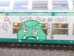 Immagine 088 (en-ri) Tags: street urban verde art train writing torino graffiti occhi 18 gab mostro zanne torinese settimo