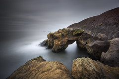 Saddle Rocks, Cullercoates Bay (Alistair Bennett) Tags: longexposure seascape bay coast harbour dusk northsea tynemouth tynewear cullercoates saddlerocks gnd045se nikkorafs1635mmƒ4gedvr