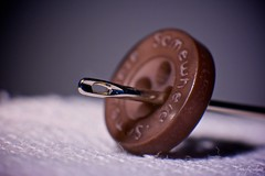 Needle & button (Caropaulus) Tags: macro 50mm needle button extensiontube bouton aiguille macromondays forgottenspaces