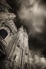 Duomo (c e d e r) Tags: sky italy milan statue architecture infrared duomo