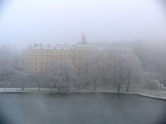 Stockholm Fog | Grand Building (Toni Kaarttinen) Tags: morning winter sea mist cold water fog hospital hotel sweden stockholm schweden sverige estocolmo stoccolma suecia archipelago sude tukholma svezia ruotsi