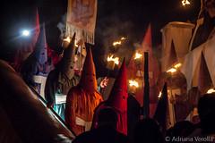 Fogareu-10 (Adriana Verolla) Tags: brazil brasil canon fire religion pro hood nightshots procession fogo religio fotonoturna procissao farricocos procissaodofogareu fogareugois