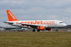 easyJet G-EZBE (Howard_Pulling) Tags: easter march airport nikon aircraft aviation bedfordshire luton spotting lutonairport eastersunday ltn 2013 londonluton hpulling howardpulling nikond5100