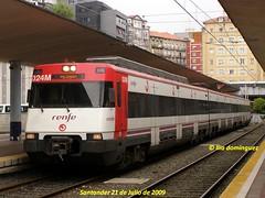 idn1707 (ribot85) Tags: railroad train tren trenes trains railways caf santander cantabria cercanias ferrocarril renfe 446 dodotis 446012