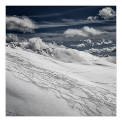 Traces (Gabi Monnier) Tags: sky snow ski france clouds montagne alpes canon square landscape flickr traces jour ciel neige nuages paysage printemps carr traitement hautesalpes lesorres exterieur canoneos600d gabimonnier