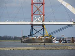 Nijmegen, invaren stadsbrug 'De Oversteek' (Stewie1980) Tags: bridge netherlands canon nijmegen construction nederland powershot april brug 20 barge pontoon ponton waal gelderland nimwegen 2013 sx130 nimgue deoversteek stadsbrug sx130is canonpowershotsx130is invaren