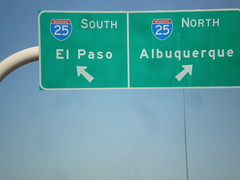 US-70 West/I-25 Junction (sagebrushgis) Tags: newmexico sign intersection overhead lascruces i25 biggreensign us70 freewayjunction bataanmemorialhighway