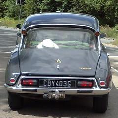 (uk_senator) Tags: 1969 grey citroen ds