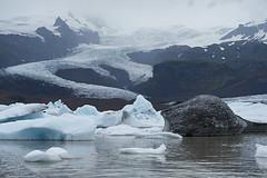 Fjallsrln Glacier Lagoon (paolo-p) Tags: acqua water ghiaccio ice riflessi reflections fjallsrlnglacierlagoon islanda iceland nuvole clouds