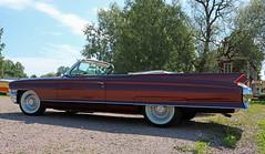 1962 Cadillac (crusaderstgeorge) Tags: crusaderstgeorge cars classiccars chrome 1962 cadillac 1962cadillac americancars americanclassiccars americancarsinsweden redcars gvle gvleborg sweden sverige jrnvgsmuseet jrnvgsmuseum railwaymuseum carmeet worldcars
