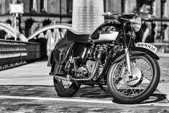 Triumph T6 Thunderbird (michael_hamburg69) Tags: hamburg germany deutschland hansestadt speicherstadt brcke bridge neuerwegsbrcke motorrad triumph 6t thunderbird classicbike vintage motorcycle 19601962 doppeltesbrustrohr geltetefittings geschraubtesheck motor 650ccm silkshiftgetriebe